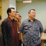 Duta Besar Arif Havas Oegroseno mengunjungi ruangan akademik Kampus Anggrek