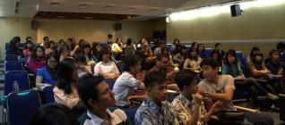 kuliah bersama Konselor Ekonomi kedubes AS