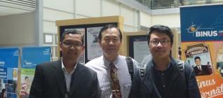 Tirta Mursitama PhD, Prof. Samuel C.Y. Ku (National Sun Yat Sen University), dan Assoc Prof. Tai Wan-Ping dari Cheng Shiu University