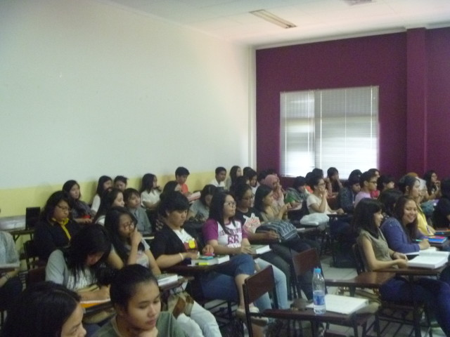 International Experience HI Binusian 2016 sebagai Peserta IR Lecture Series-4