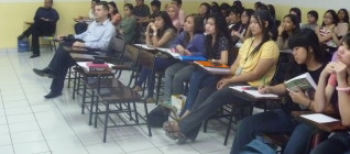 Mahasiswa antusias menyimak paparan Prof Kotlinski