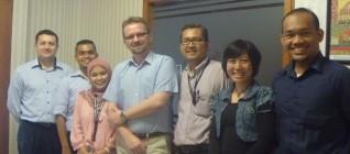 Prof Kotlinski berfoto bersama Staf pengajar HI Binus dan IPPC FHumaniora