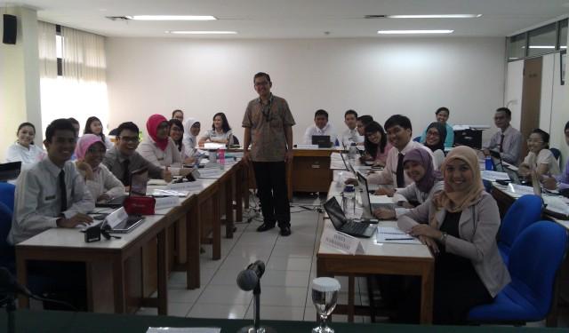 Dr Tirta mengajar Sekdilu 37