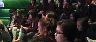 Mahasiswa HI Binus mendengarkan secara seksama pemaparan Pembicara