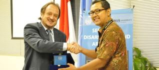 Michele Zaccheo (Director of the UNIC Jakarta) dan Tirta Mursitama, PhD (HI Binus)