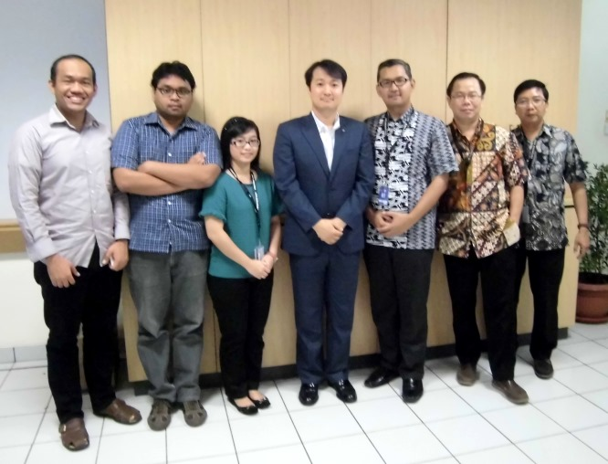 Foto Bersama dosen HI Binus dan Busines Law dengan Cho Seong-Dae dari Korea International Trade Association