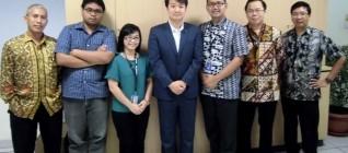 Foto Bersama dosen HI Binus dan Busines Law dengan Cho Seong-Dae dari Korea International Trade Association