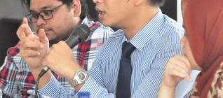 Andhika Chrisnayudanto (Kasubdit Penanggulangan Kejahatan Lintas Negara Kementerian Luar Negeri RI) dan Wendy Prajuli (Dosen HI Binus)