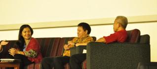 Para Pembicara, Ibu Anissa Elok Budiyani (UNICEF), Pak Don Marut (Dosen HI Binus), Pak Besar (Dosen Business Law Binus)