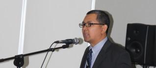 Dr. Tirta Mursitama dalam pembukaan ICOBIRD 2013