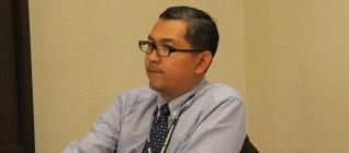 Tirta Nugraha Mursitama, PhD selaku moderator pada sesi ASEAN dan International Business