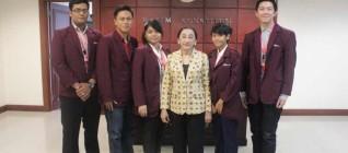 Kelompok Indonesia Dalam Perspektif foto bersama dengan Mahasiswa HI Binus foto bersama dengan Prof. Dr. Maria Farida Indrati S.H,M.H.