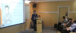 Dino Patti jalan menyampaikan idenya mengenai Creative Foreign Policy