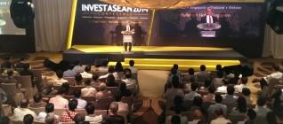 Kishore Mahbubani memberikan Sambutan dalam acara Investment Asia 2014