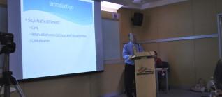 Prof Ron Matthews memberikan kuliah umum di depan mahasiswa HI Binus