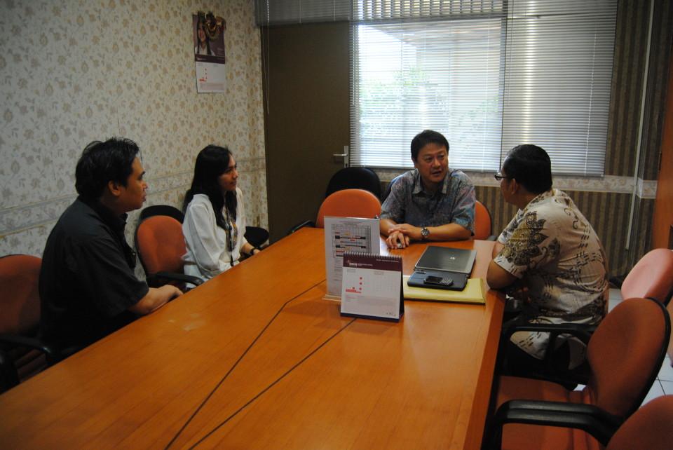 Ahli Indonesia dari Kyoto Kunjungi HI Binus
