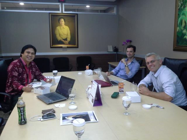 Mr. Herlijanto and the Representative of Macquarie University