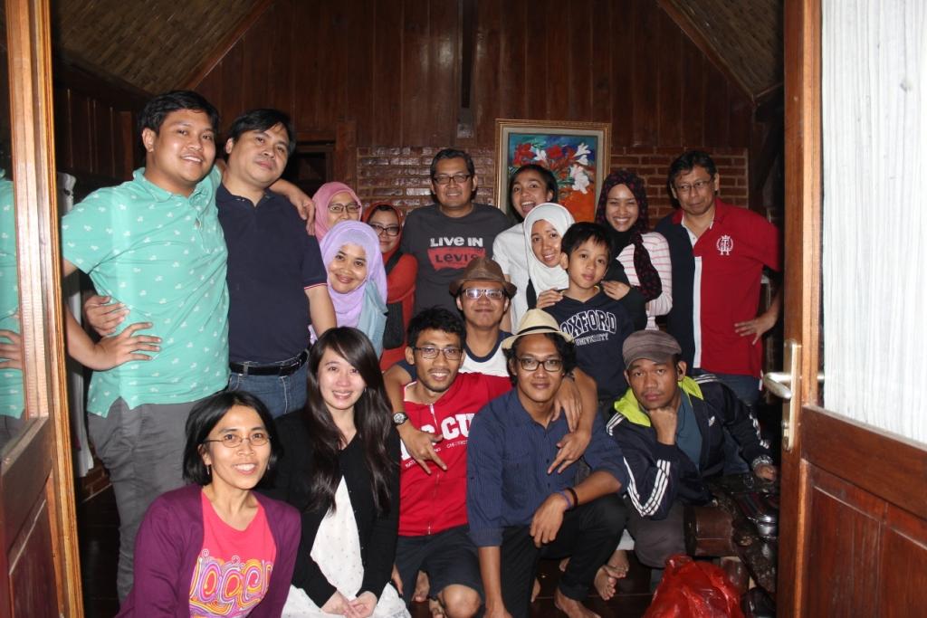 Agustus: Rekreasi Bersama Dosen HI BINUS ke kawasan Gunung Bunder , Bogor
