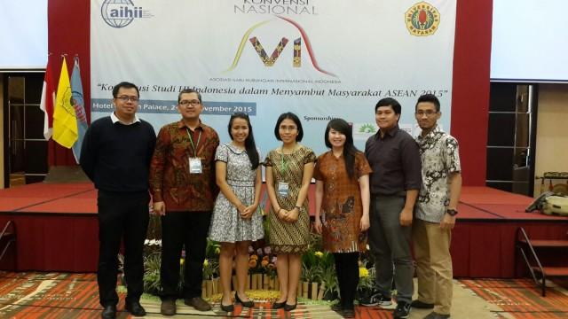 Desember: Delegasi HI Binus dalam Konvensi Nasional VI di Lombok