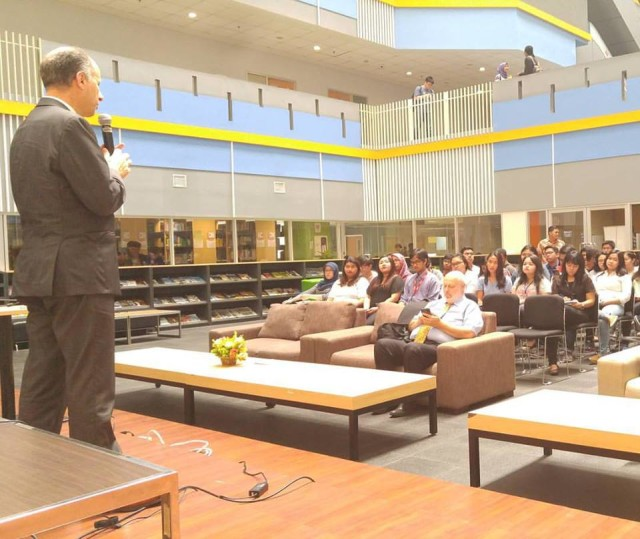 Desember: IR Lecture Series bersama Maher Nasser dari UN Headquarter