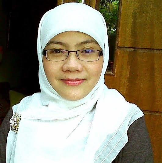 Tia Mariatul Kibtiah photo