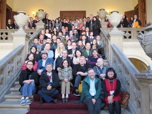 Foto bersama panitia dan pembicara 13th EATS Conference