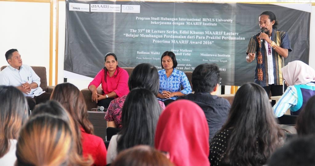 Belajar Membangun Perdamaian dari Para Praktisi Perdamaian Penerima MAARIF Award 2016